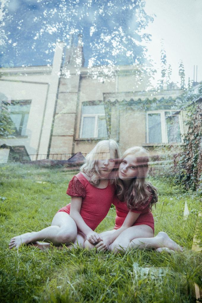 just-sisters-014.jpg